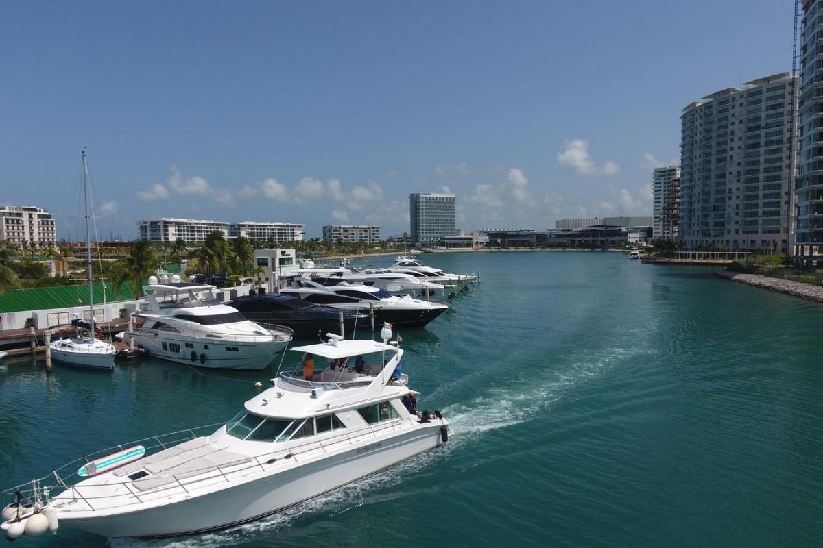 Puerto Cancun Marina
