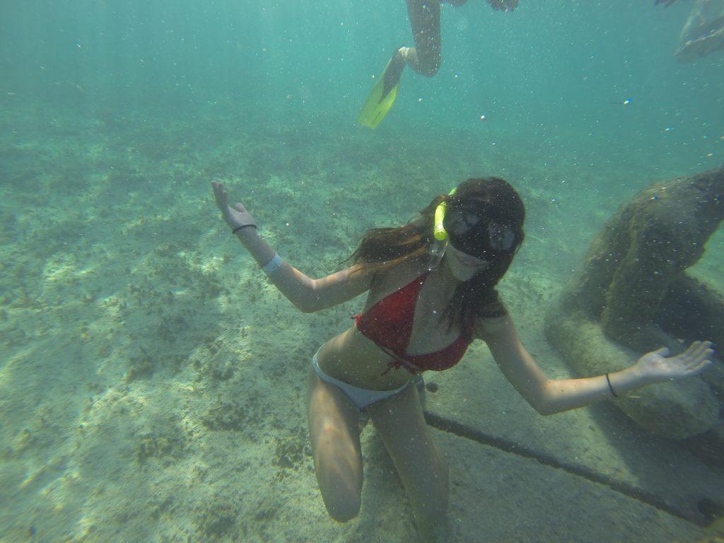 MUSA snorkel boat
