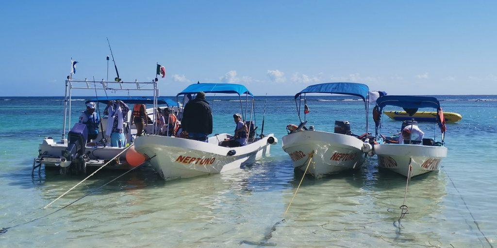 Mahahual boats