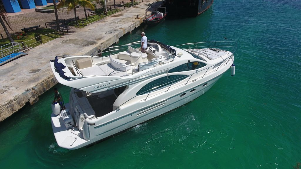 Azimut yacht rent