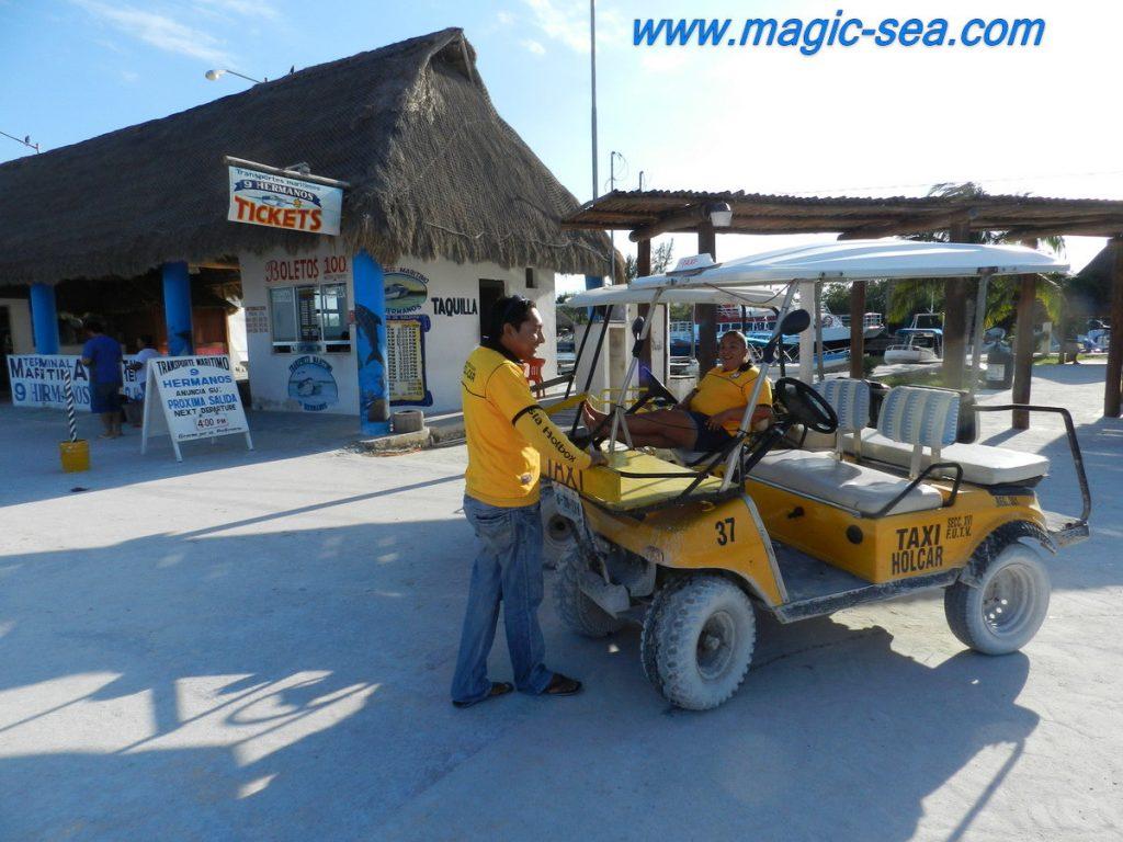 Holbox Taxi golf cart